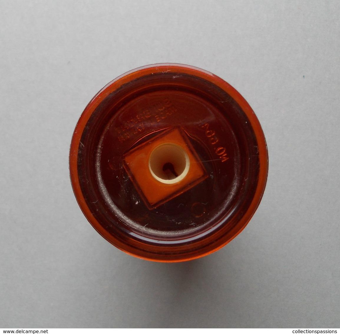 - Taille Crayon. COCA COLA - - Coca-Cola