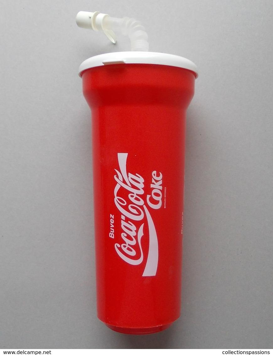 - Gobelet. COCA COLA - - Tasses, Gobelets, Verres
