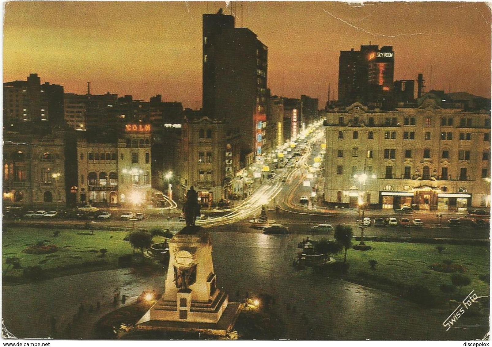 V2810 Perù - Lima - Plaza San Martin Y Avenida Nicolas De Pierola - Noche / Viaggiata 1974 - Perù