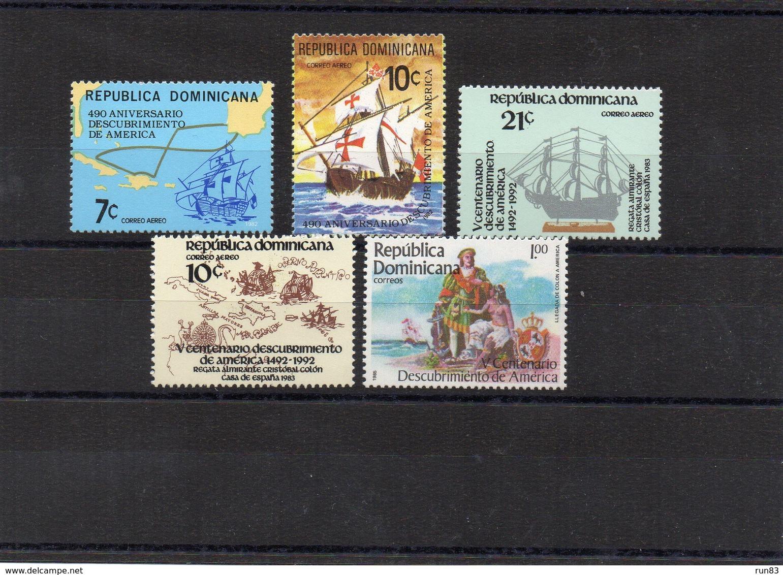 DOMINICAINE / Bateaux Lot De 5 Valeurs Dentelées MNH De 1982 / 83 Départ Vente 1.00 Euros - Schiffe