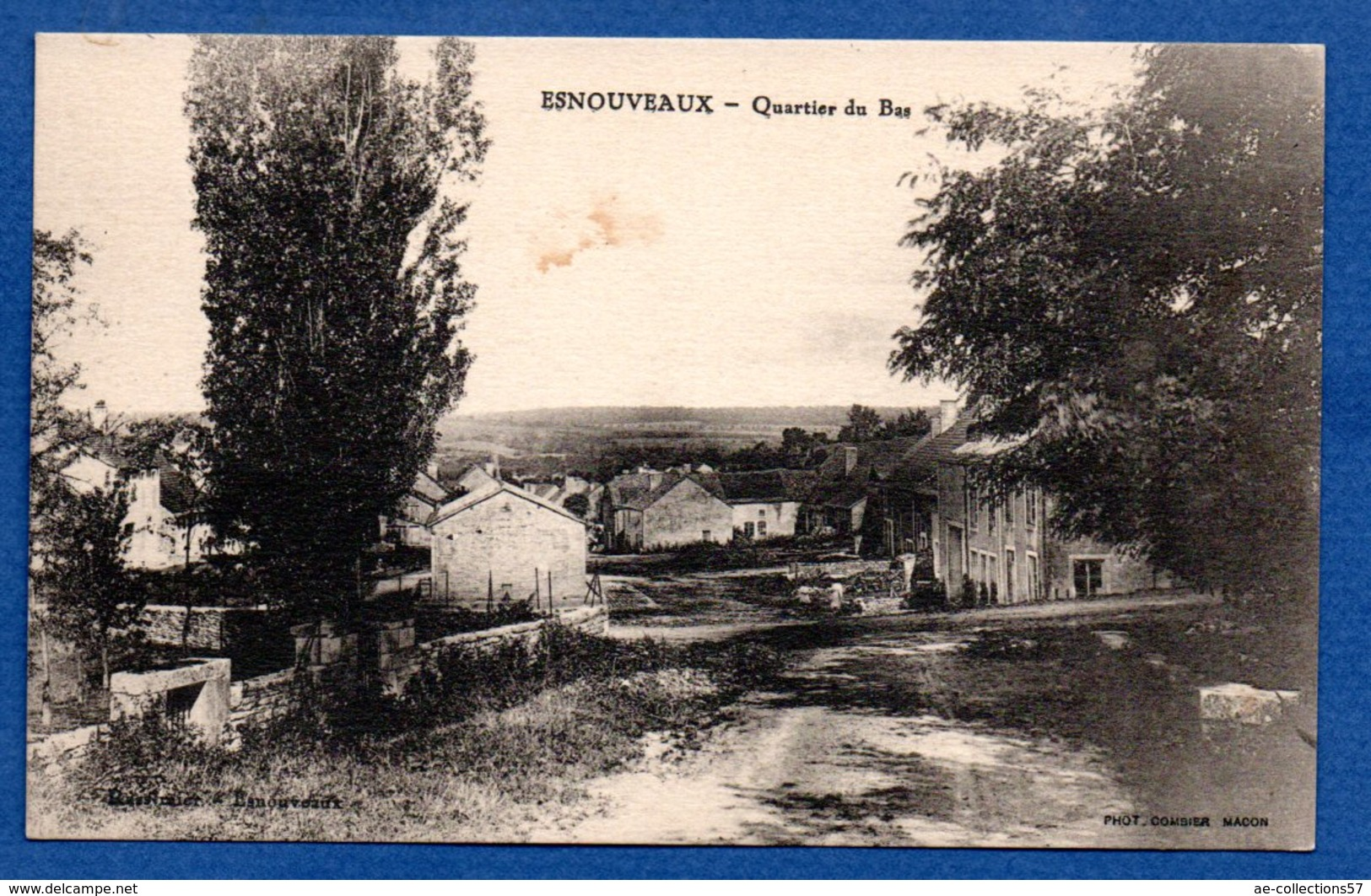 Esnouveaux  -  Quartier Du Bas - France