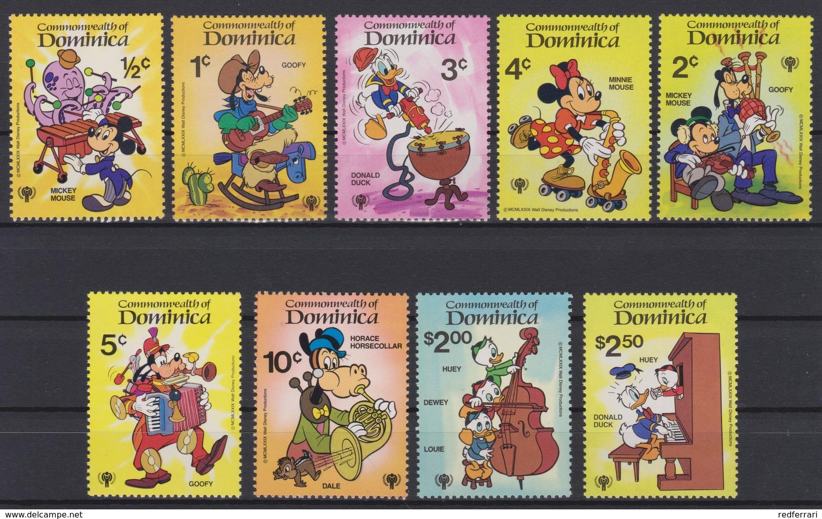 2440  Walt Disney   Commonwealth Of Dominica  1979  International Year Of The Child  ( Personages De Walt Disney ) . - Disney