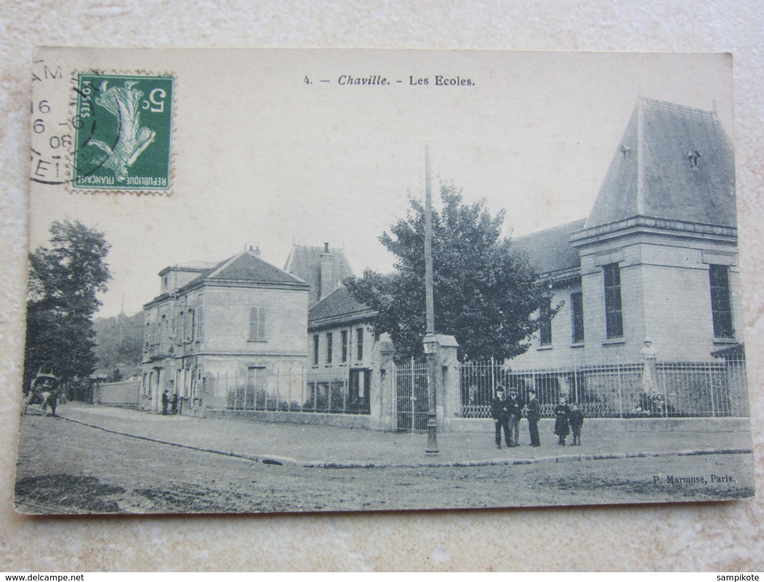 CHAVILLE - Les écoles - Chaville