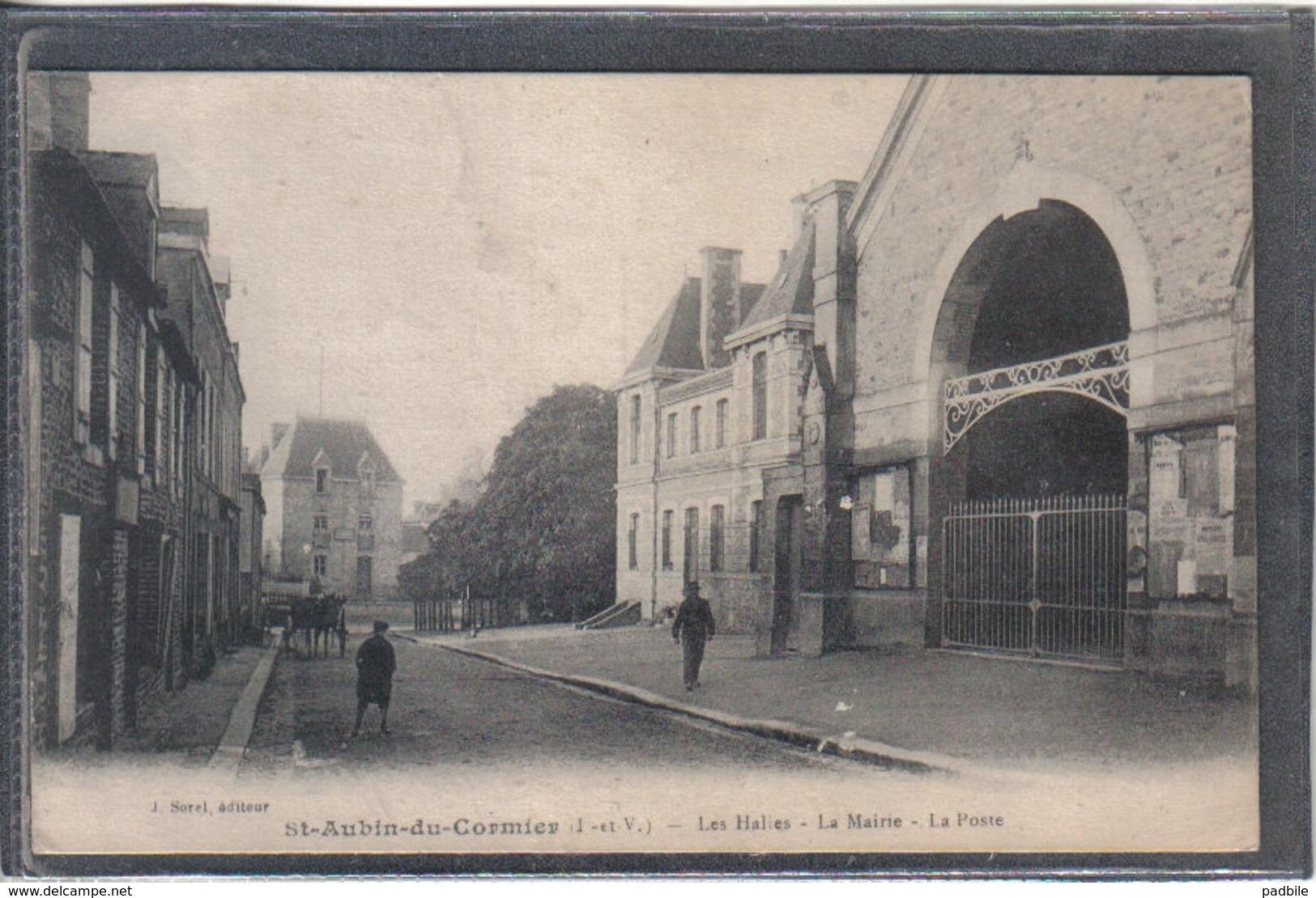 Carte Postale 35. Saint-Aubin-du-Cormier  La Poste Les Halles La Mairie Très Beau Plan - Other Municipalities