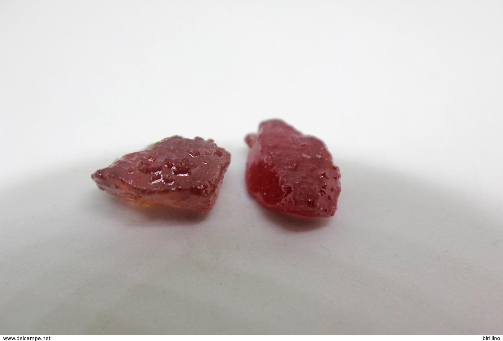 Rubino (2 Pezzi) Ct. 13.72 - Provenienza Madagascar - Rubino