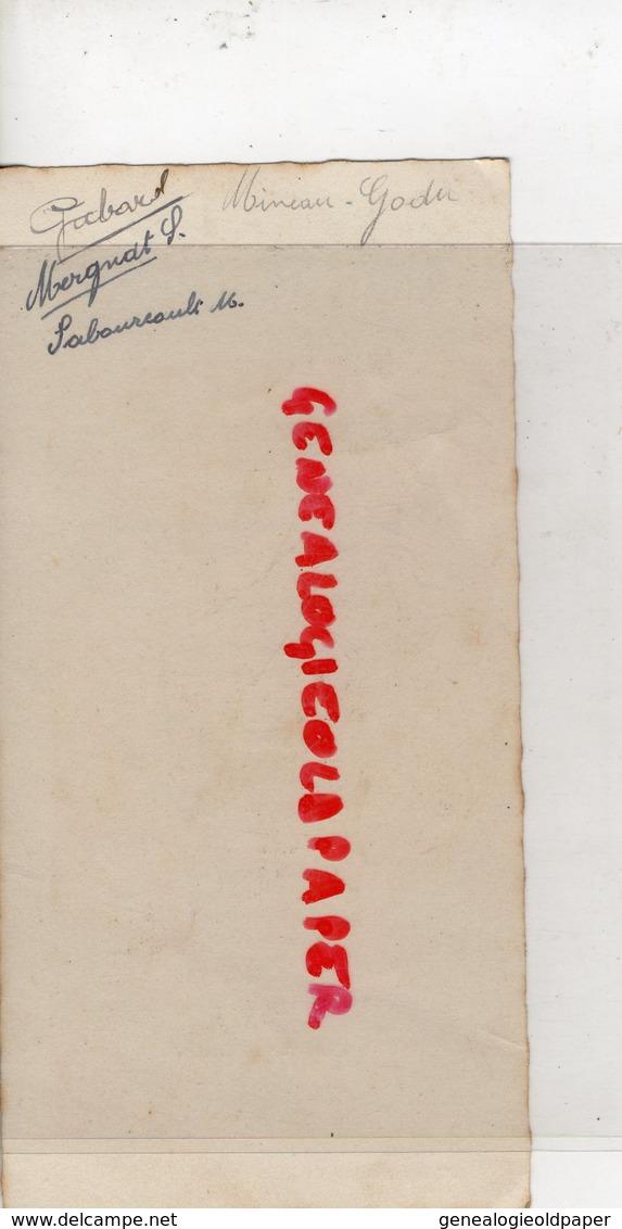 86- CUHON - RARE MENU MME GIROIR CUISINIERE-CUISINE 1944- IMPRIMERIE GIROIRE A MIREBEAU-THILLAUD TRAITEUR A MASSOGNES - Menus