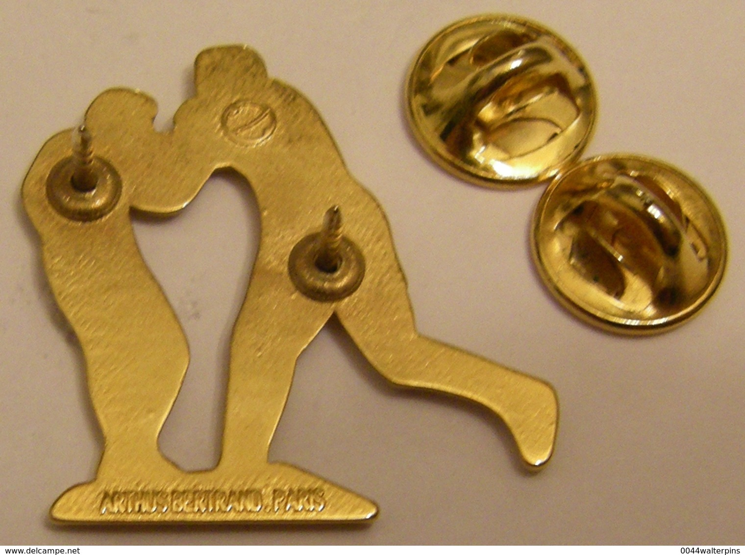 ARTHUS BERTRAND Série SPORTS BOXE Version JAUNE ROUGE Pin Pin's Pins - Arthus Bertrand