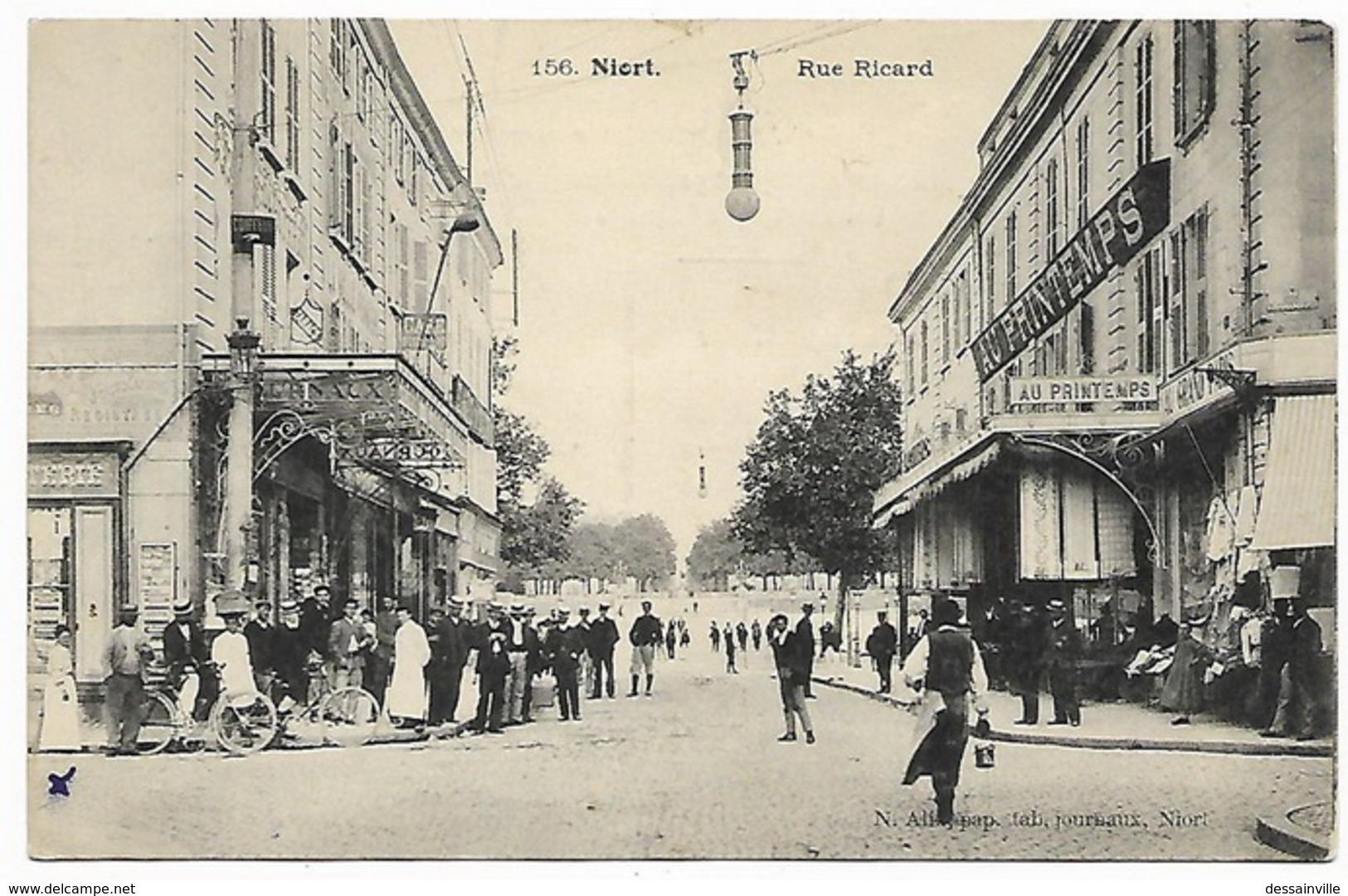 NIORT - Rue Ricard - Magasin AU PRINTEMPS - Niort