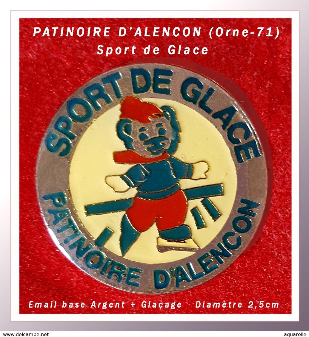 SUPER PIN'S SPORTS De GLACE : PATINOIRE D'ALENCON Dans L'ORNE (71) Visuel OURSON, émail Argent + Glaçage, D=2,5cm - Patinage Artistique