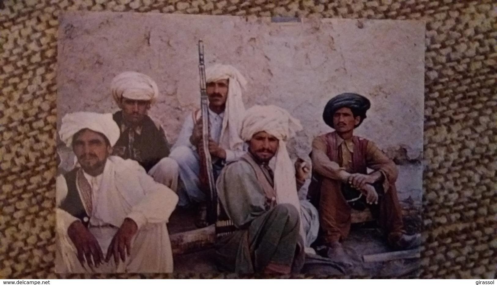CPSM AFGHANISTAN TRIBU PACHTOUN DU SUD OUEST ED SOMMAVILLA FUSIL HOMMES ARMES VISAGES D ORIENT - Afghanistan