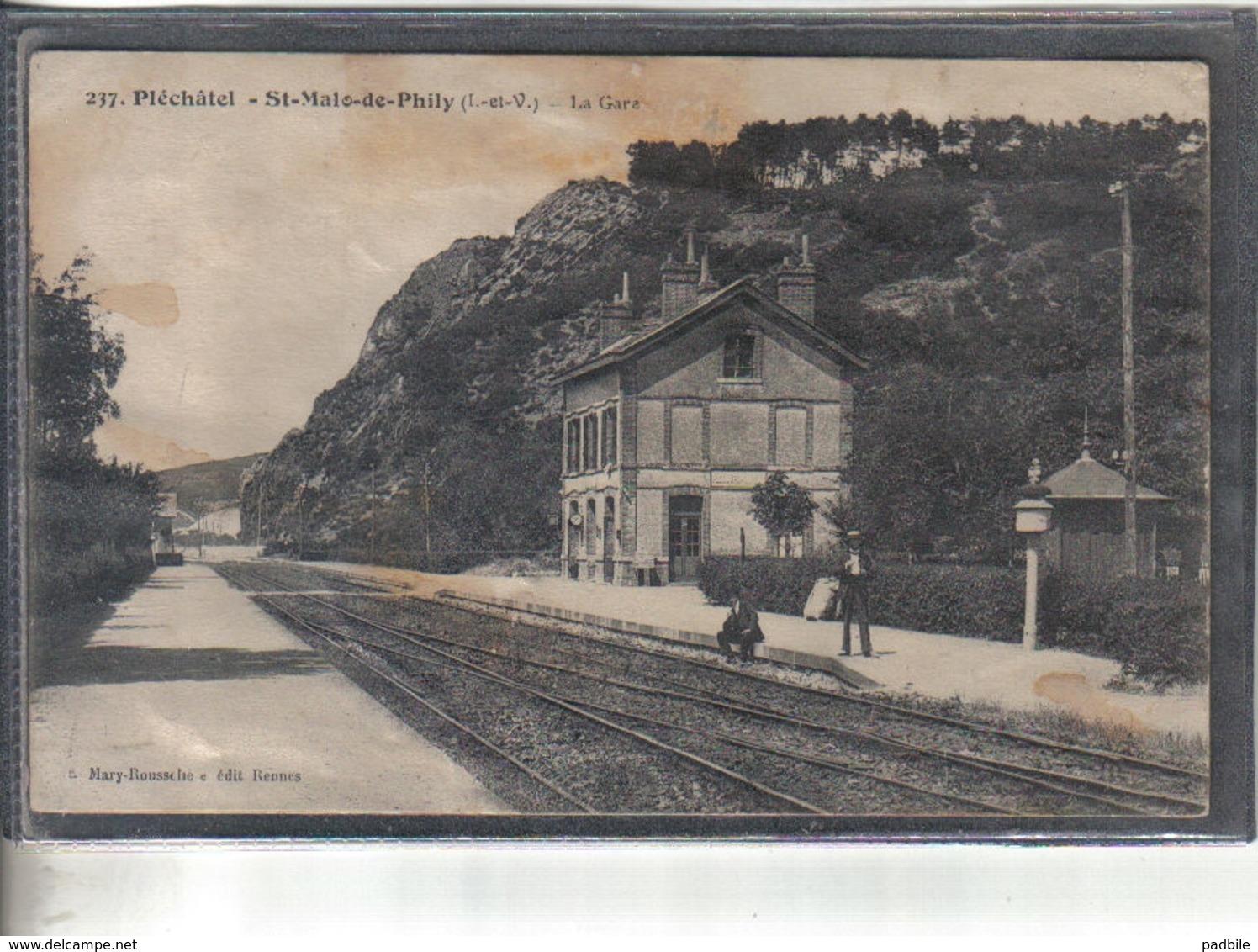 Carte Postale 35. Pléchatel Saint-Malo-de-Phily  La Gare Très  Beau Plan - France