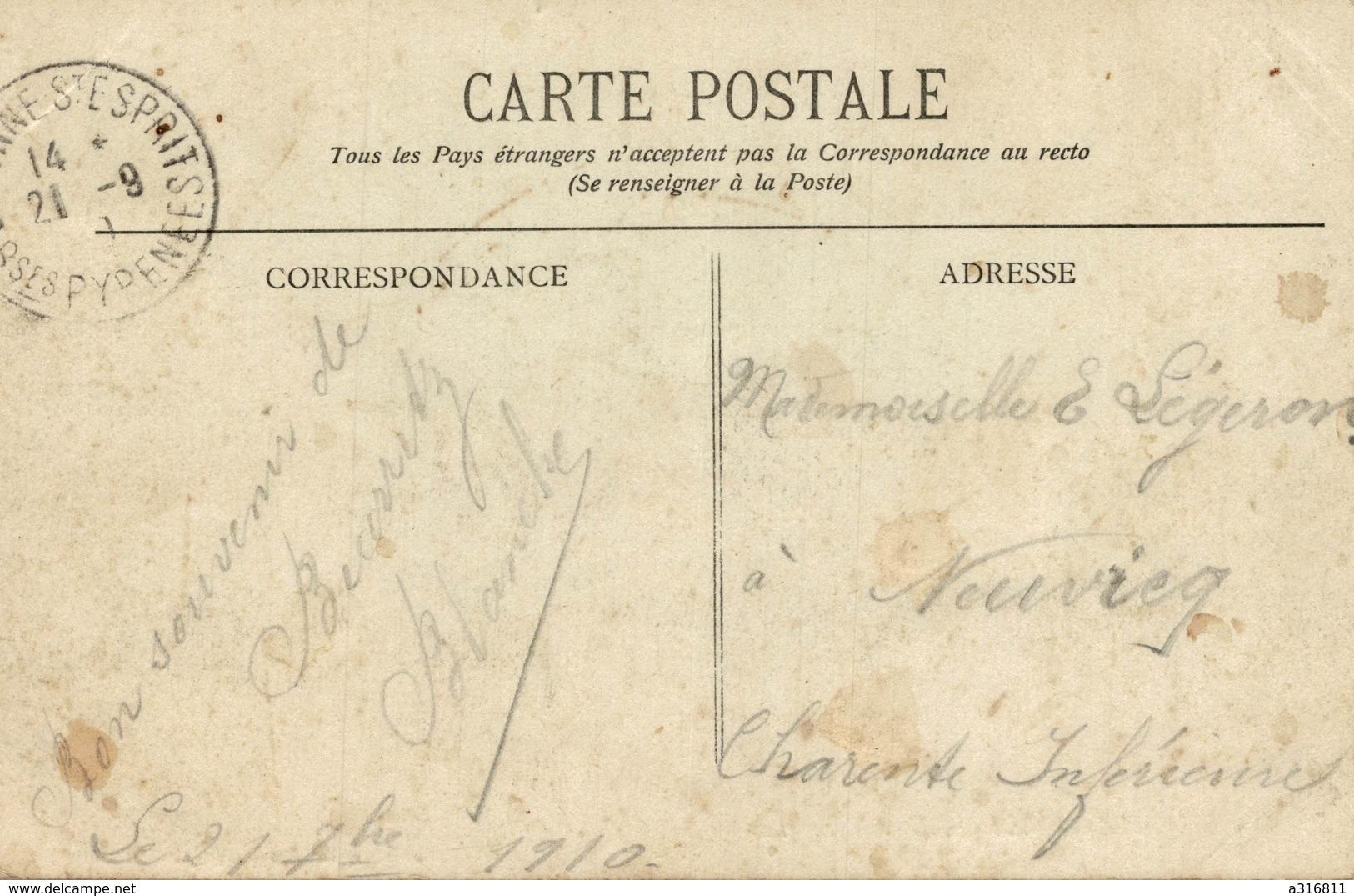 BIARRITZ  UN PAQUET DE MER AU ROCHER DE LA VIERGE - Biarritz