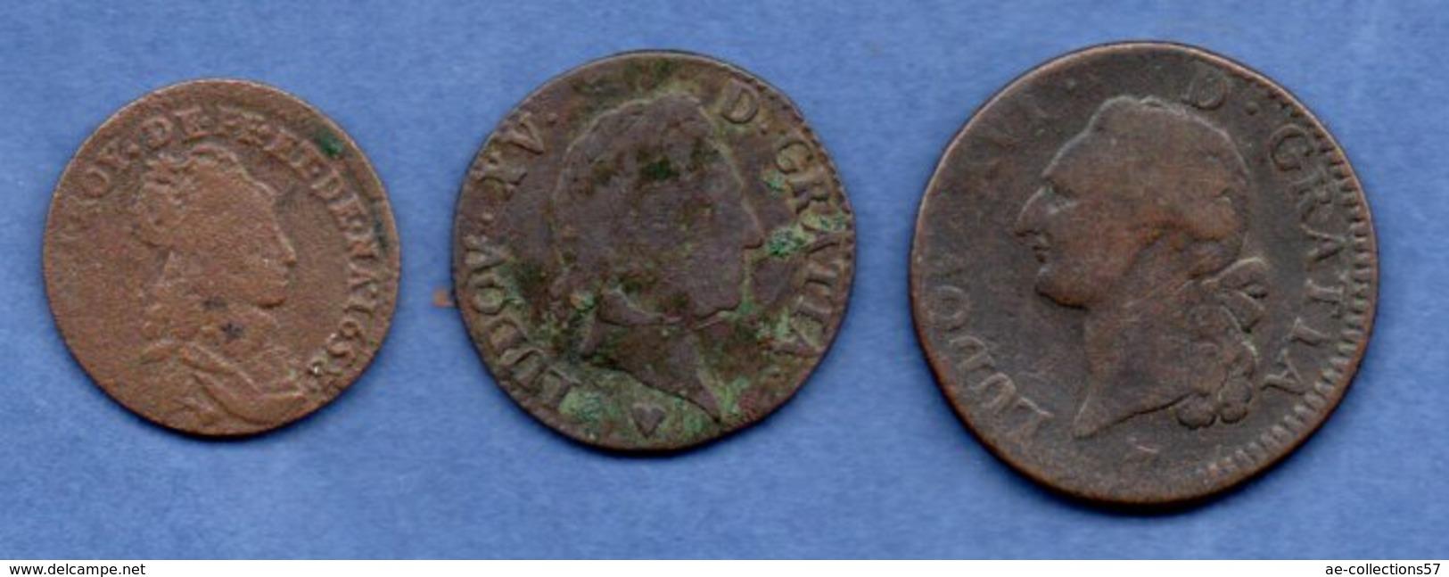 Royales  -  Lot De 3 Monnaies - Autres