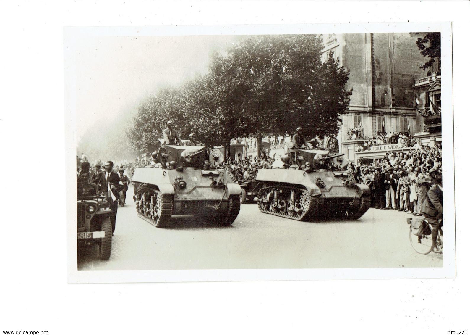 Cpm - Guerre 1939-1945 - Libération De Paris - Char Cortège Général De Gaulle - Bicyclette Soldat - Guerre 1939-45
