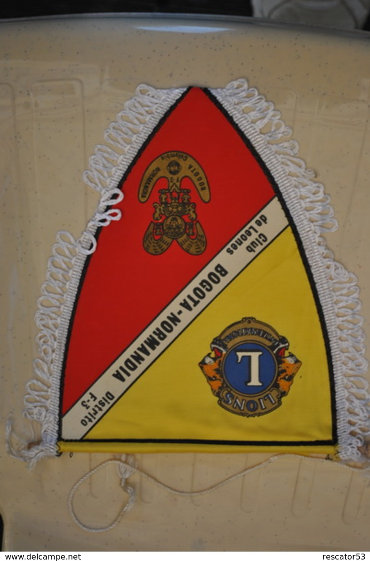 Rare Fanion Lion's Club Bogota-Normandia - Organizaciones