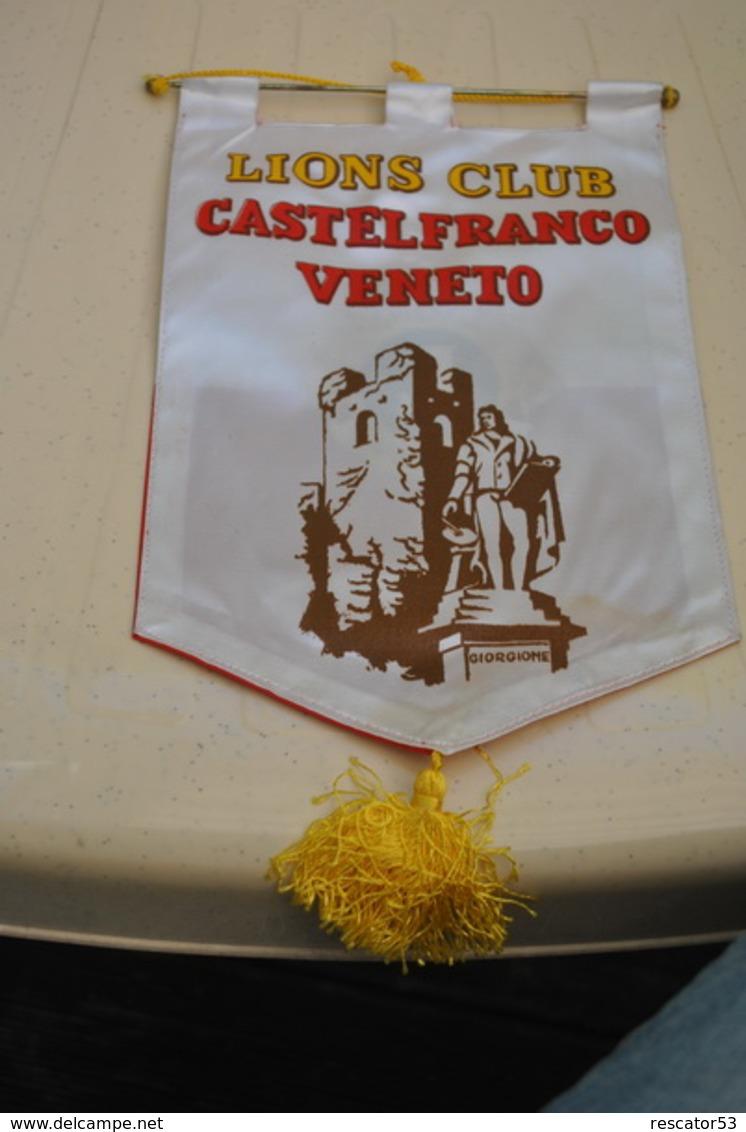 Rare Fanion Lion's Club Castelfranco Veneto - Vereinswesen