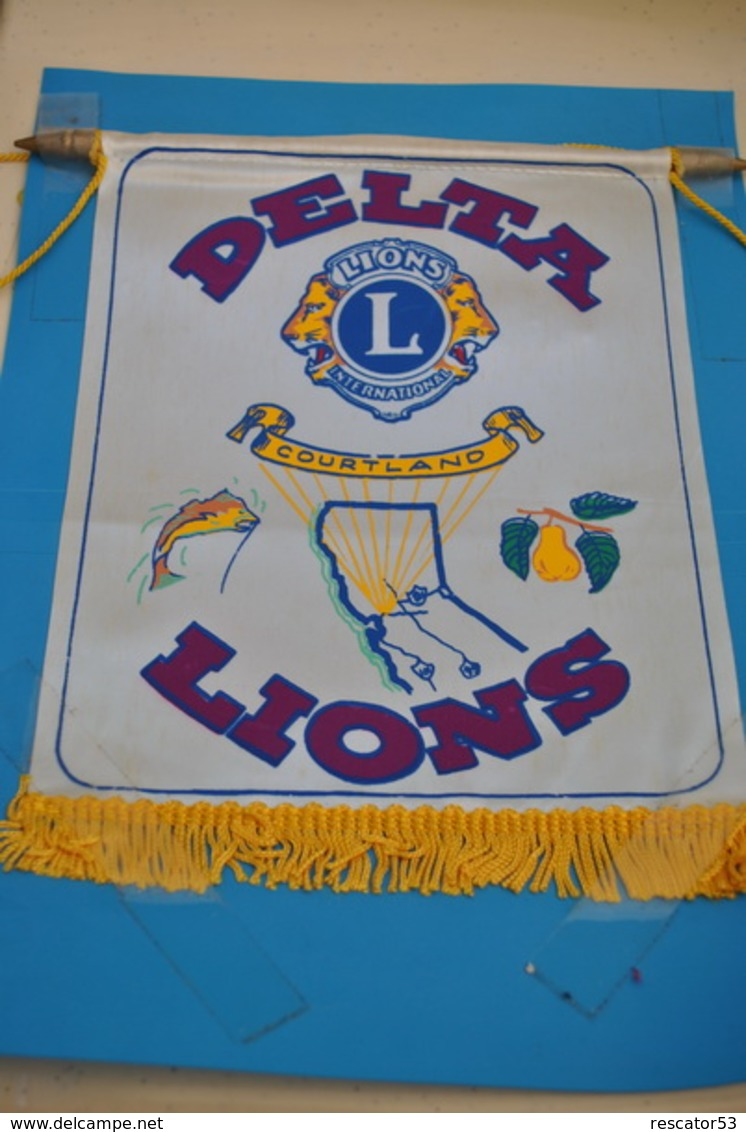 Rare Fanion Lion's Club Courtland - Organisaties