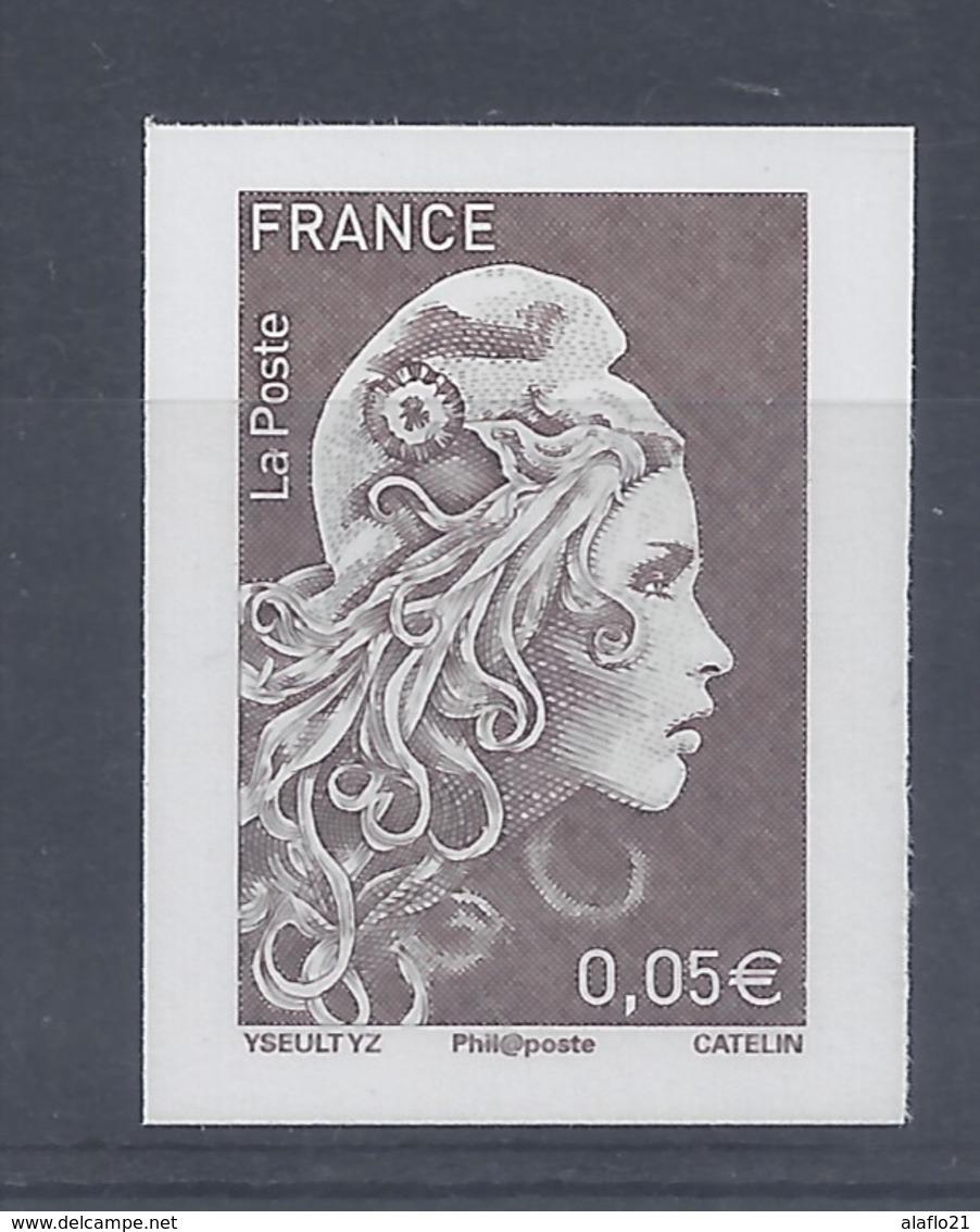 MARIANNE L'ENGAGEE - TIMBRE 0,05€ - NON DENTELE - SALON AUTOMNE 2018 - 2018-... Marianne L'Engagée