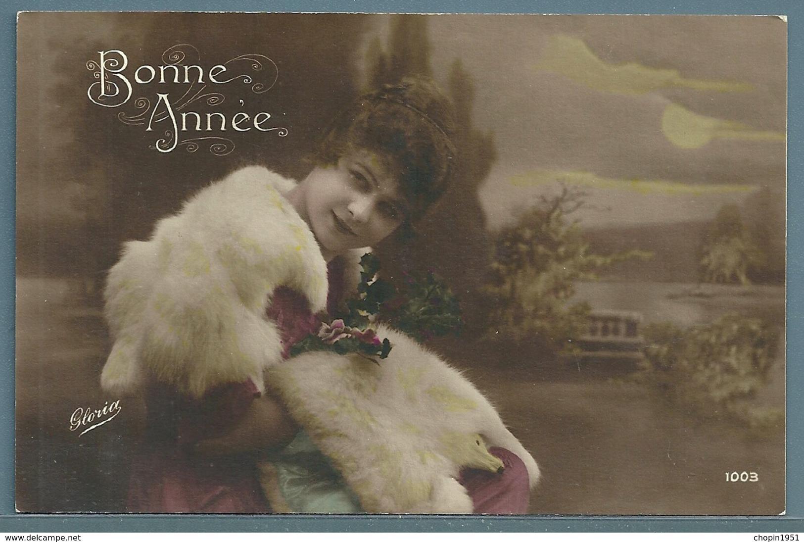 CPA - JEUNE FEMME - BONNE ANNÉE - Femmes
