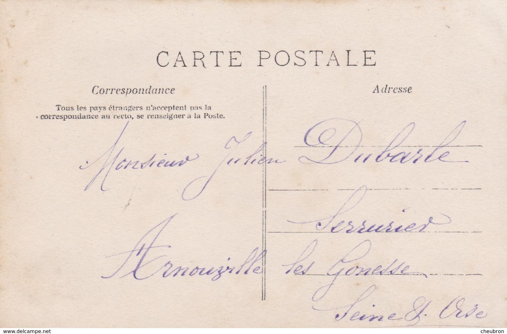 """CARTE FANTAISIE . CPA .PORTRAIT FEMME . """" UN BAISER POUR MON BIEN AIME """". ANNÉE 1905 - Femmes"""