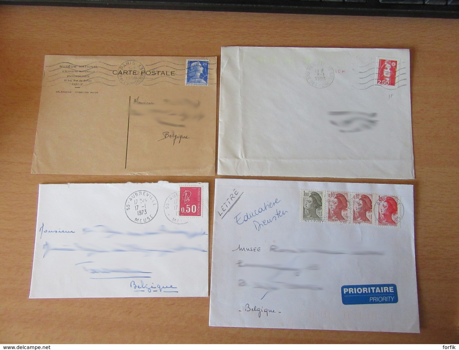 France Vers Belgique - Lot De 26 Enveloppes Timbrées Modernes - Bons Affranchissements Et Timbres Variés - Collections