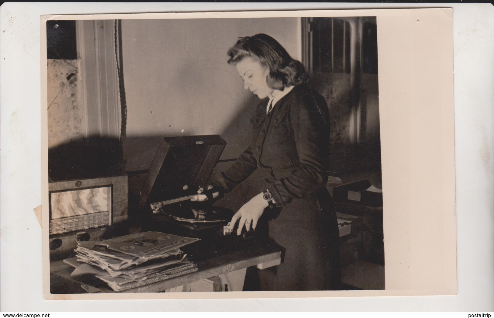 RADIO  LEVANT  MISS MADY CATZ GRAMOPHONE RECORDS - Berufe