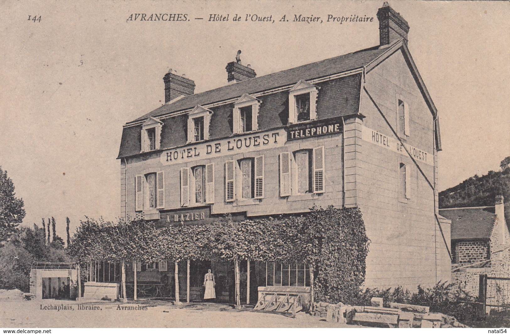 50 - Avranches : Hôtel De L'Ouest - CPA écrite - Avranches