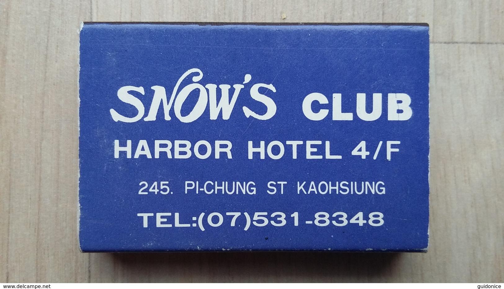 Zündholzschachtel Mit Werbung Für Einen Club In Kaohsiung (Taiwan) - Zündholzschachteln