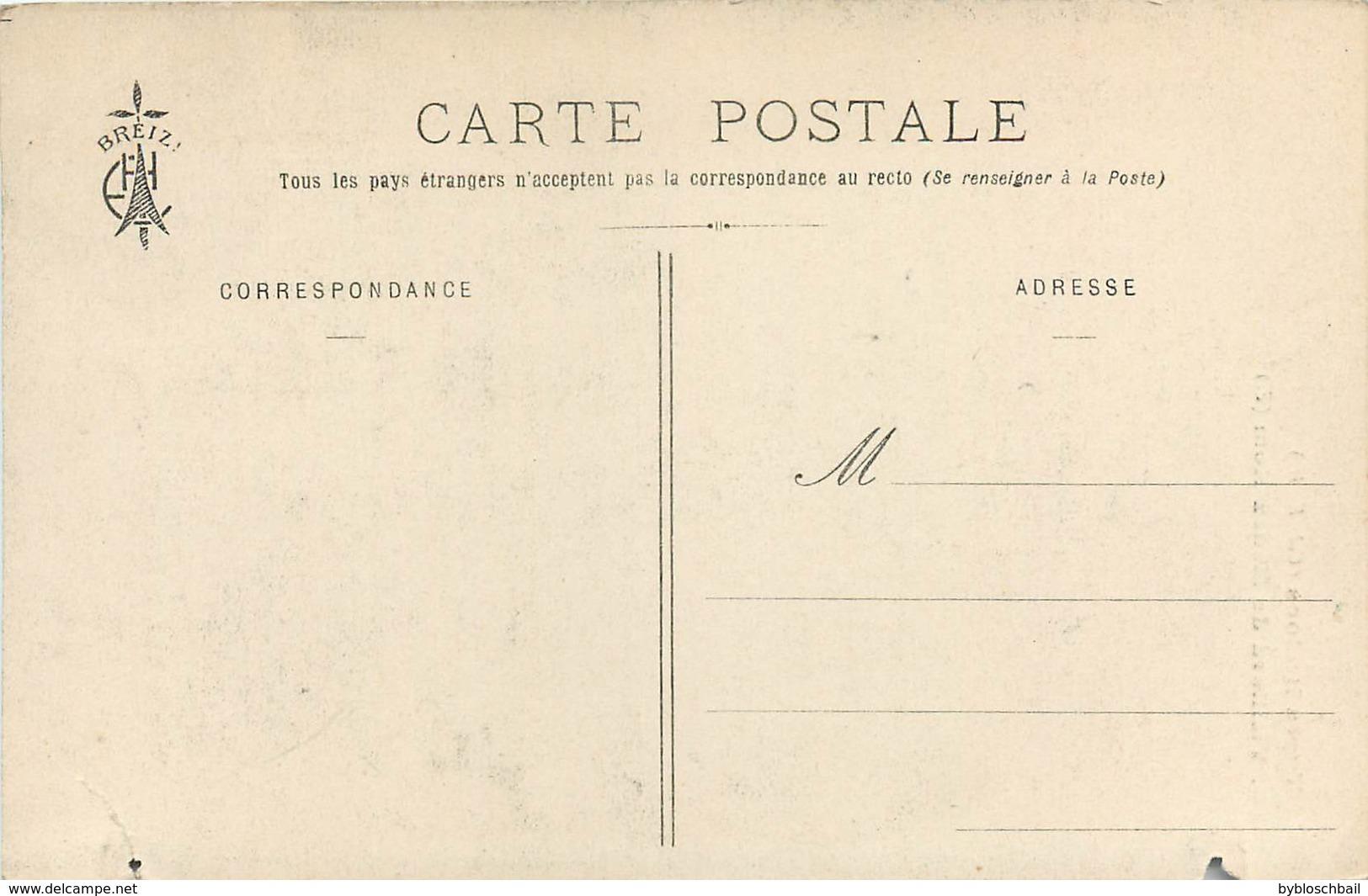 CPA 29 Finistère Types Bretons Vieillard De Ménez-Hom Montagnes Noires Cournouailles Aulne Porzay Costume Neuve - Plomodiern