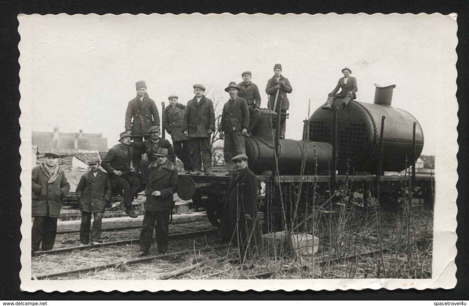 YUGOSLAVIA  - VINTAGE PHOTO POSTCARD - Old Locomotive, 1939.  (APAT#04) - Yugoslavia