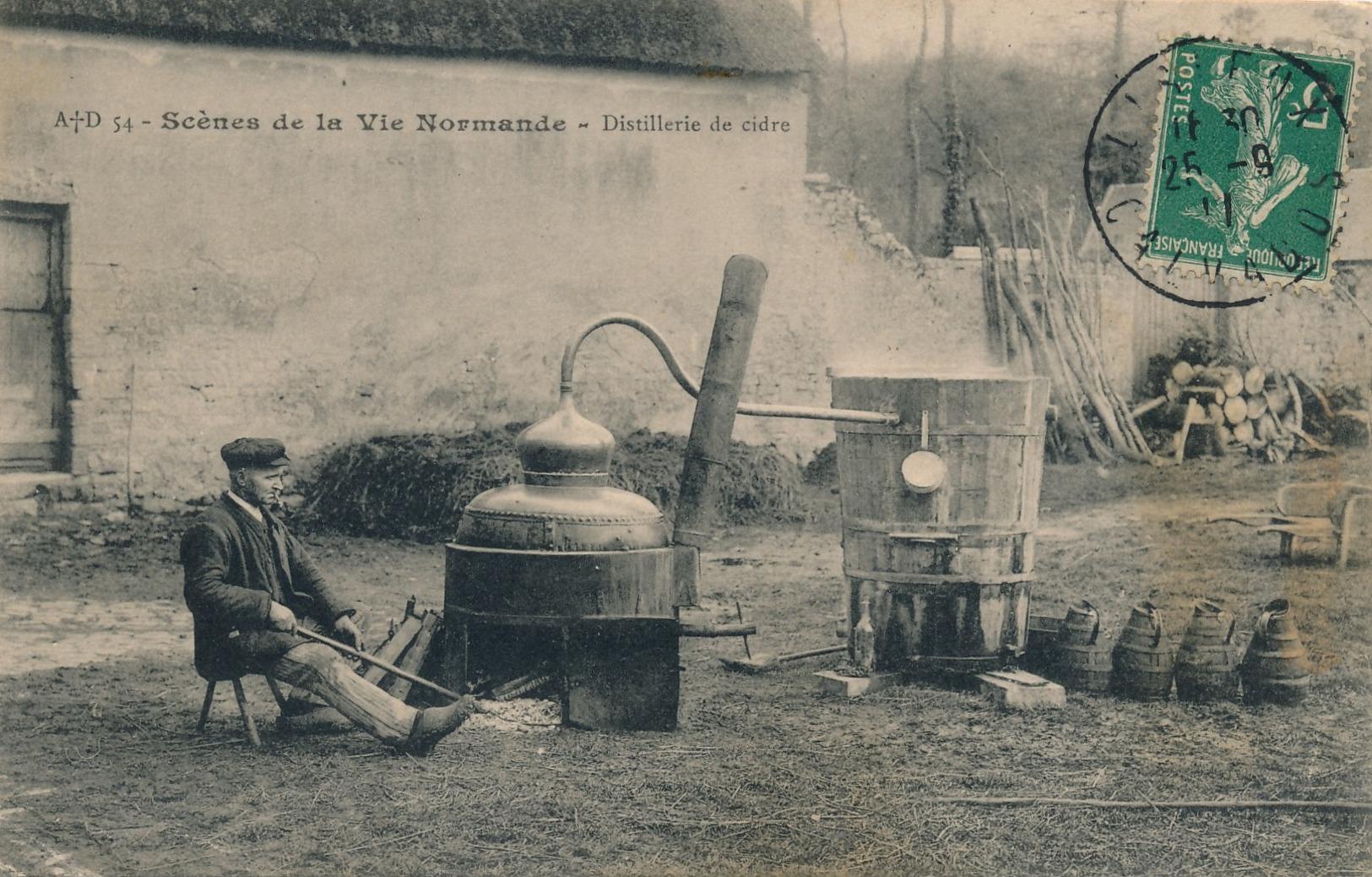 H238 - 14 - Scènes De La Vie Normande - Distillerie De Cidre - France