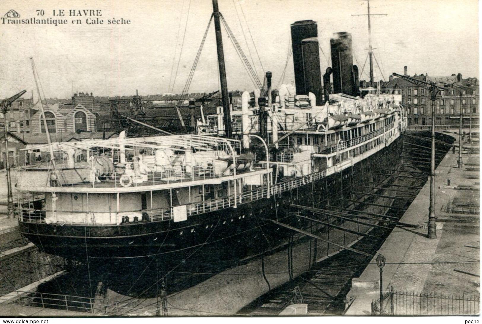 N°68148 -cpa Le Havre -transatlantique En Cale Sèche- - Remorqueurs