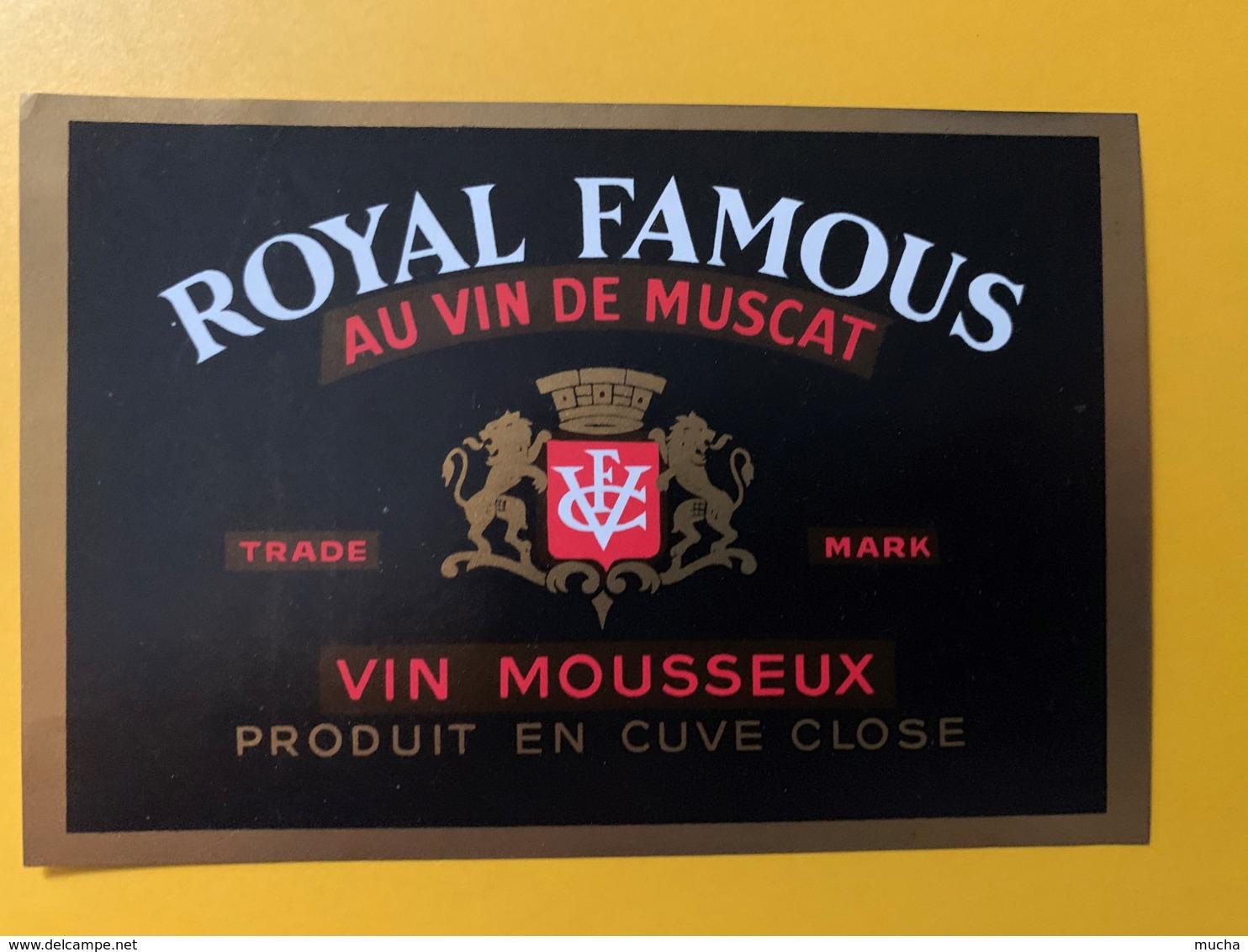 9274 - Royal Famous Au Vin De Muscat Effervescent Canals Rivesaltes 2 étiquettes - Etiquettes