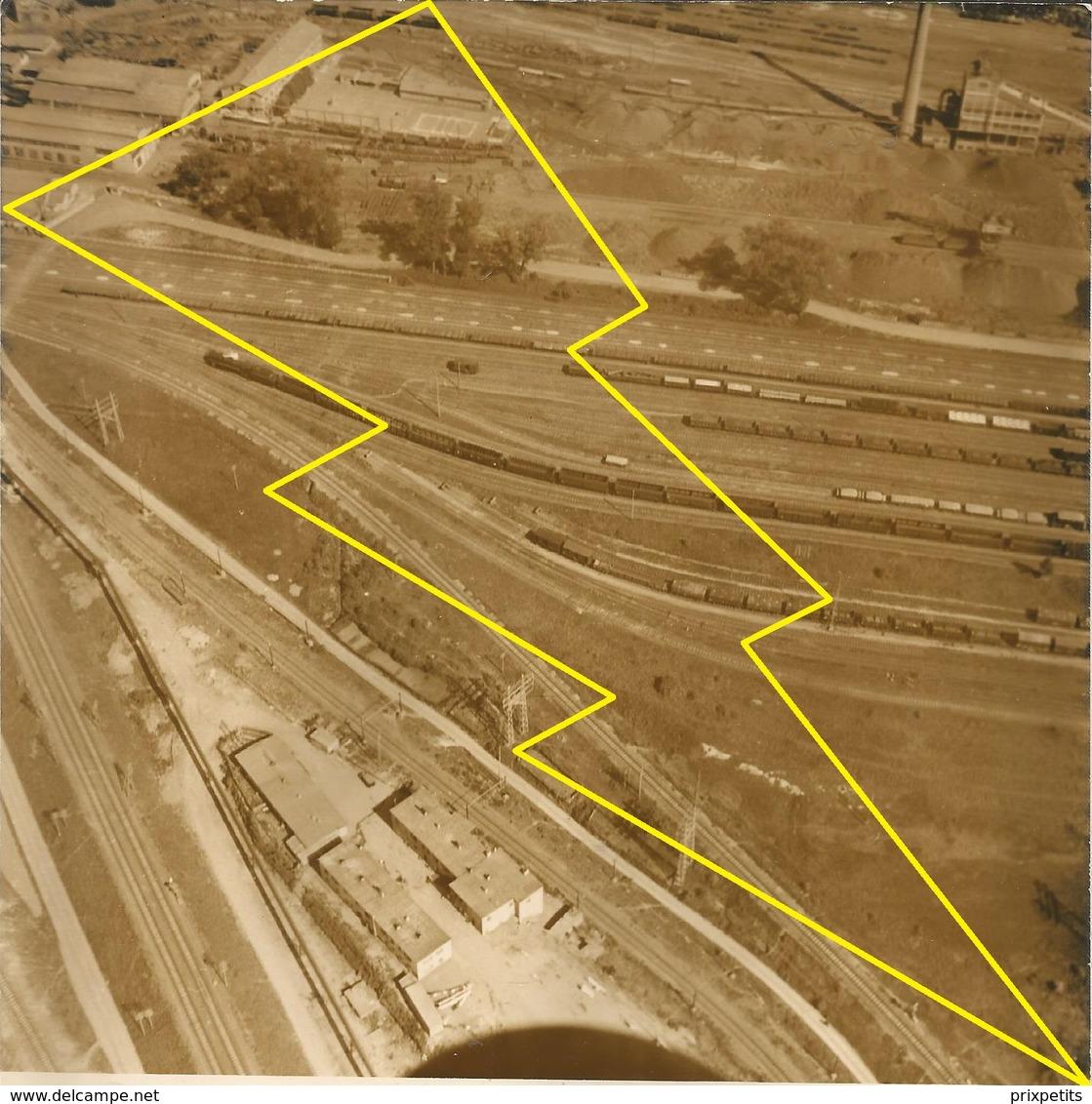 PHOTO AERIENNE HAGONDAN OU ENVIRON ? CONSTRUCTION Ligne Se Chemin De Fer USINE SIDERUGIE  N°  Ph 3 ° - Hagondange