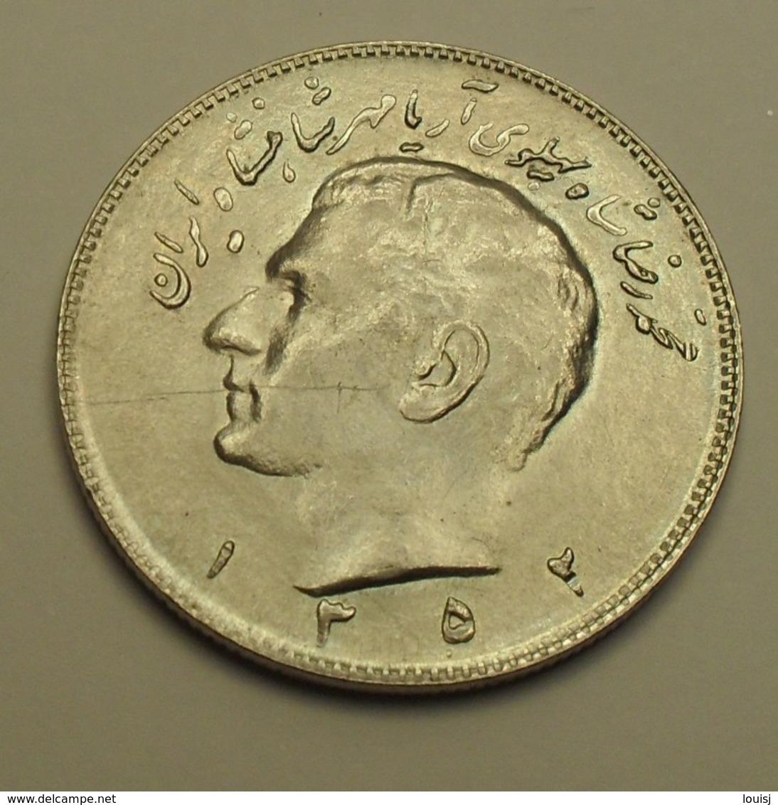 1973 - Iran - 1352 - 10 RIALS, Mohammad Reza Pahlavi - KM 1179 - Iran
