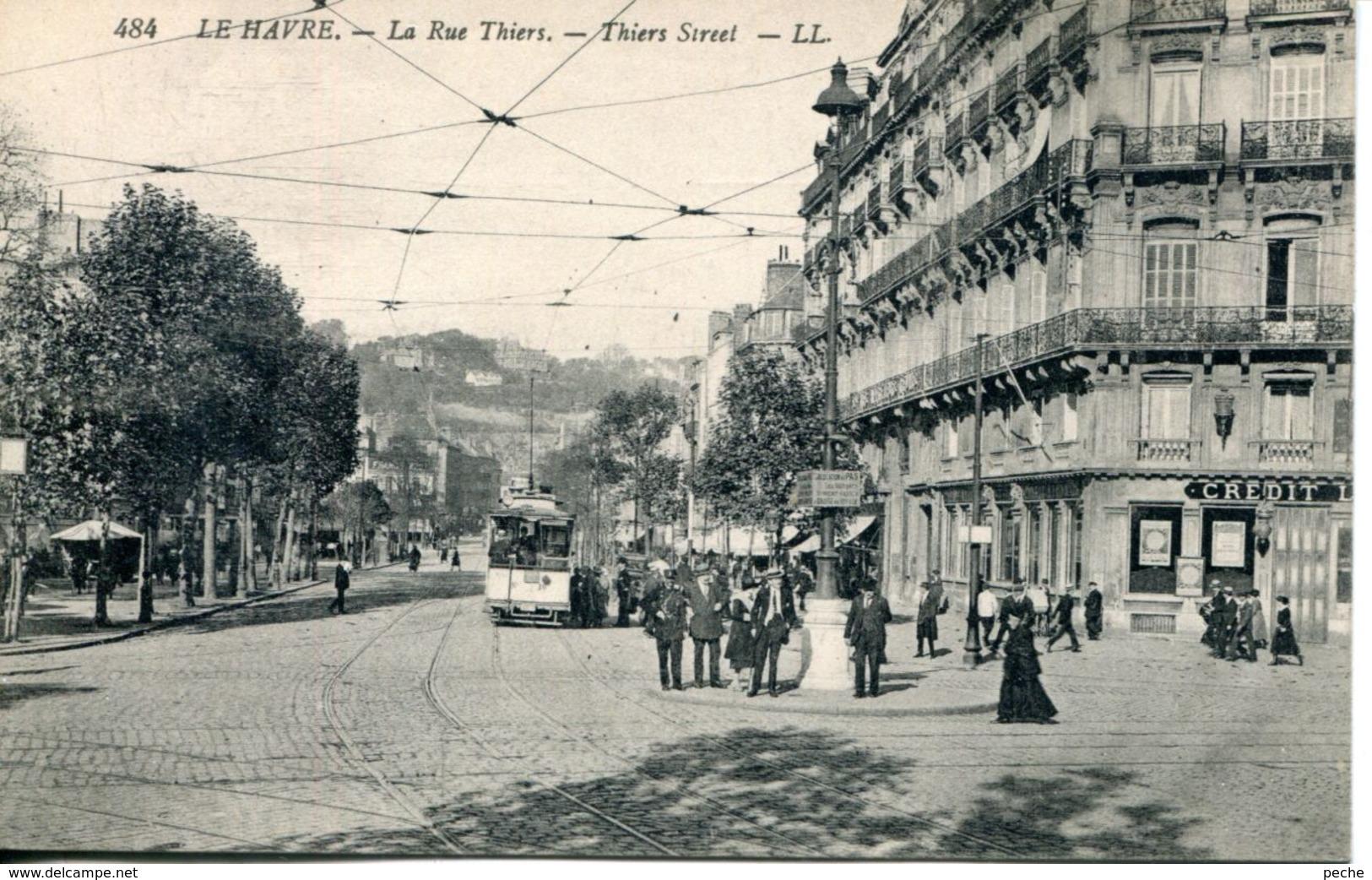 N°68387 -cpa Le Havre -la Rue Thiers- - Le Havre
