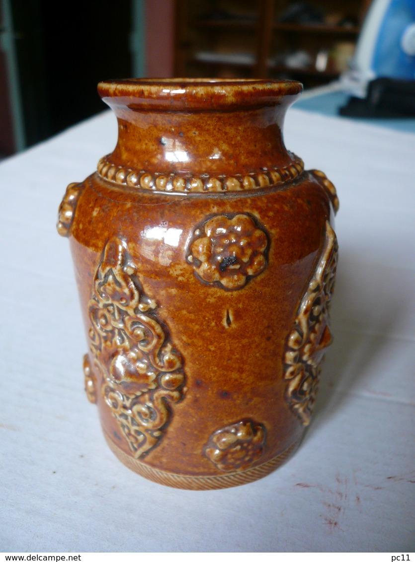 Pot à Tabac Ancien En Grès Vernissé Du Beauvaisis - Hauteur: 8cm- Diam.:5,3cm - - Tabac (objets Liés)