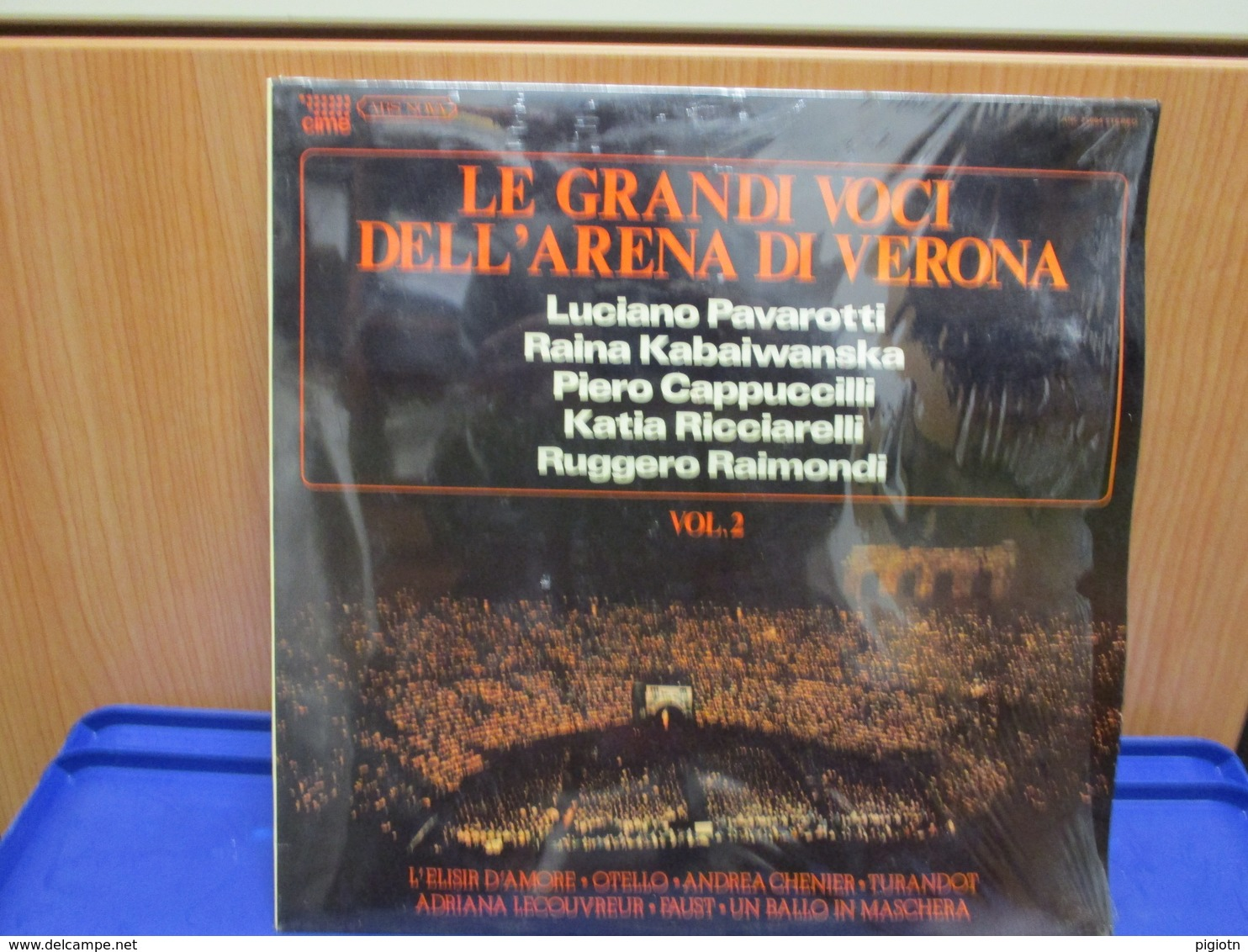 LP012 - LE GRANDI VOCI DELL'ARENA DI VERONA -VOL. 2- LUCIANO PAVAROTTI-RAINA KABAIWANSKA- KATIA RICCIARELLI- - Oper & Operette