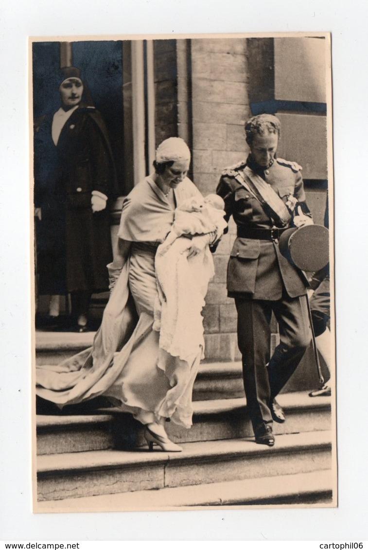 - CPA COUPLE ROYAL BELGE - Baptême Du Prince Albert De Liège 24.6.1934 - - Königshäuser