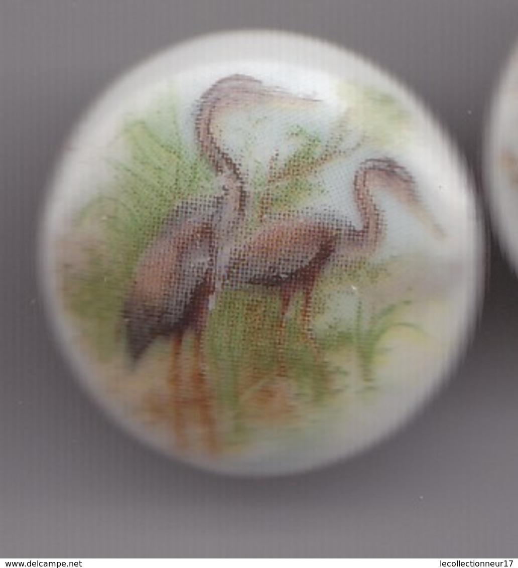 Pin's A.M. En Porcelaine De Limoges Oiseaux Hérons  Réf 8148 - Animaux