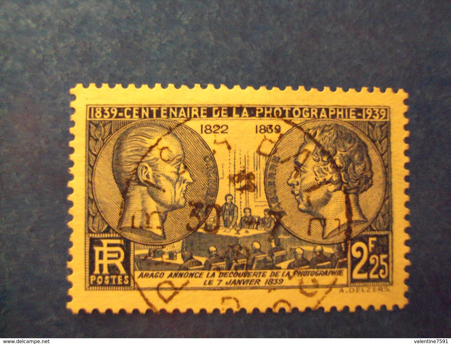 """1938- Timbre Oblitéré N°427       """" Niepce Et Daguerre 2f25 Bleu       """"     Cote 7            Net   2.30 - France"""