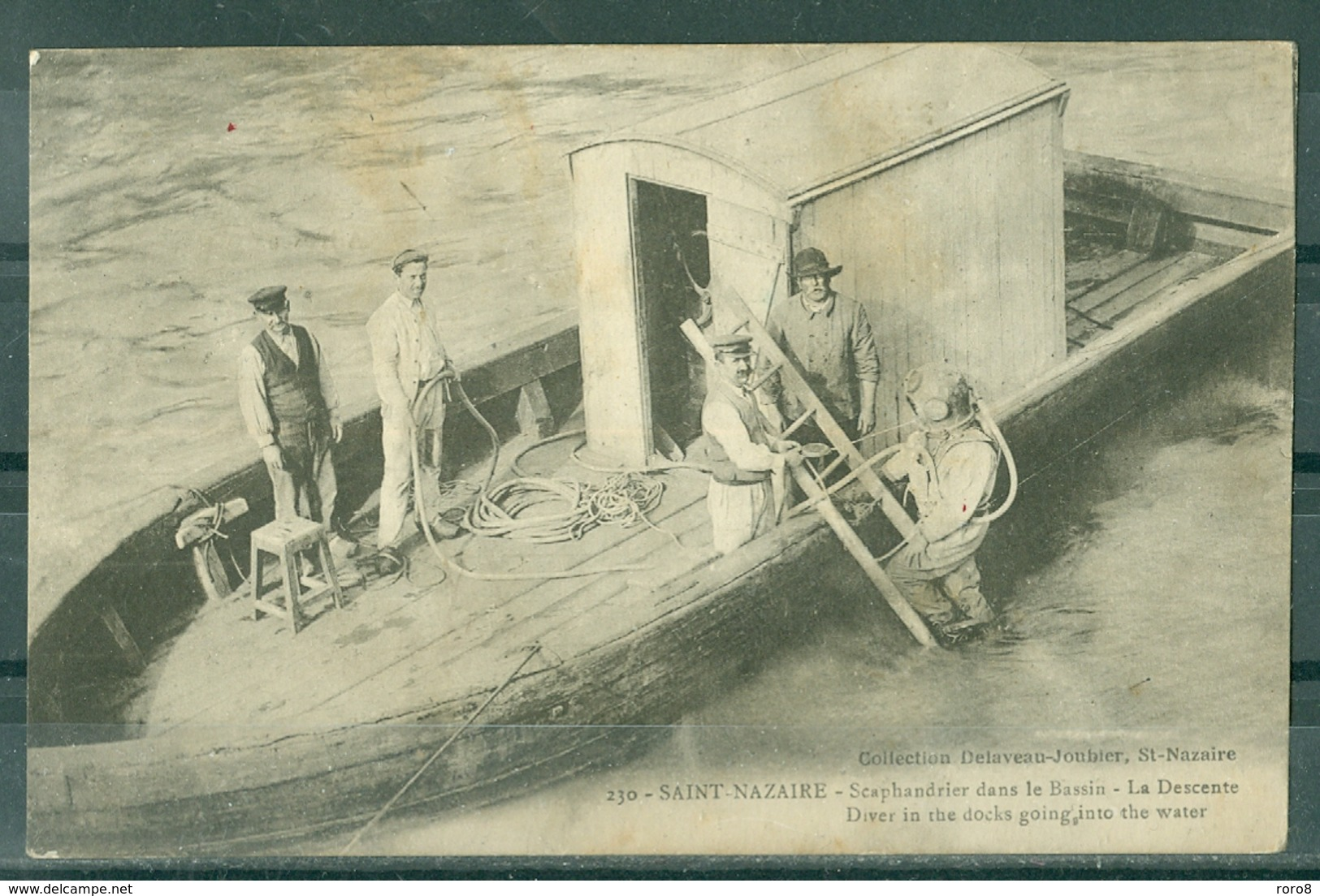 44 - SAINT NAZAIRE - Scaphandrier Dans Le Bassin - La Descente.Coll.Delaveau-Joubier N° 230 (dos Vert) - Saint Nazaire