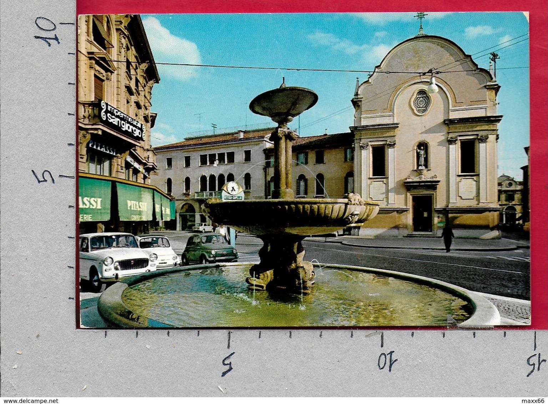 CARTOLINA VG ITALIA - TREVISO - Piazza San Leonardo - 10 X 15 - ANN. 1973 - Treviso