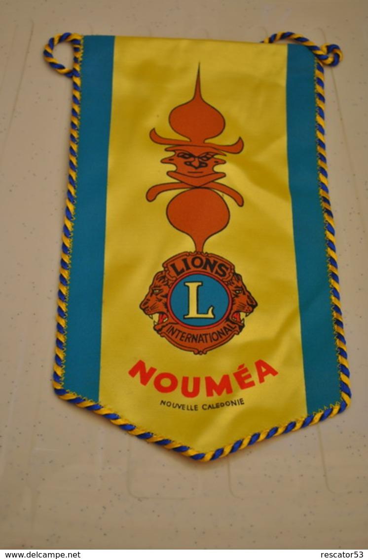 Rare Fanion Lion's Club Nouméa - Organizations