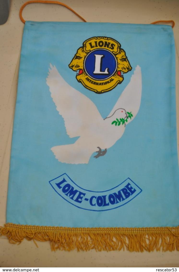 Rare Fanion Lion's Club Lome-Colombe - Organizaciones