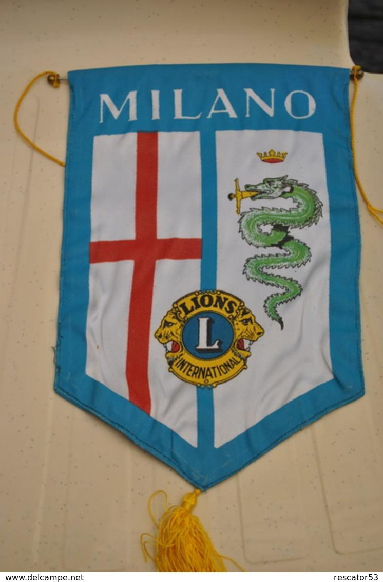 Rare Fanion Lion's Club Milan Italie - Organizaciones