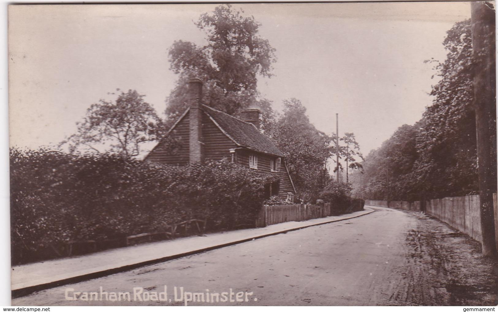 UPMINSTER - CRANHAM ROAD - London Suburbs