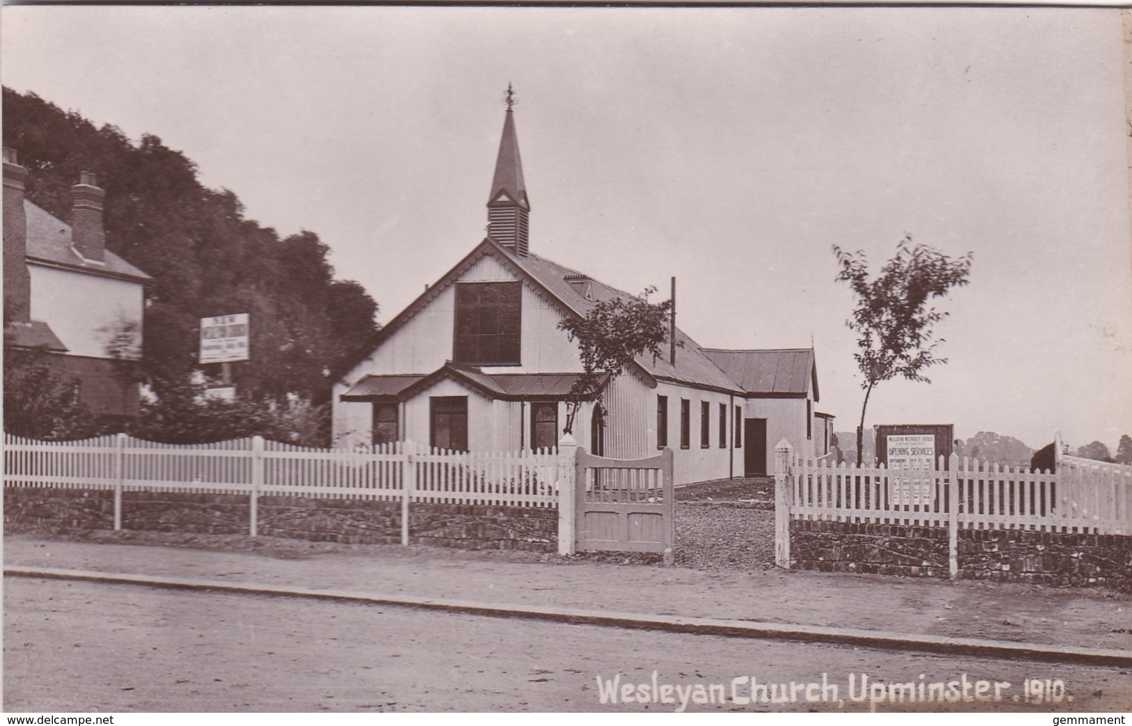 UPMINSTER - WESLEYAN CHURCH - London Suburbs