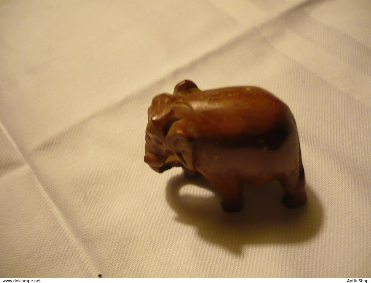 Eule Und Elefant - Aus Speckstein (735BW) - Sculptures