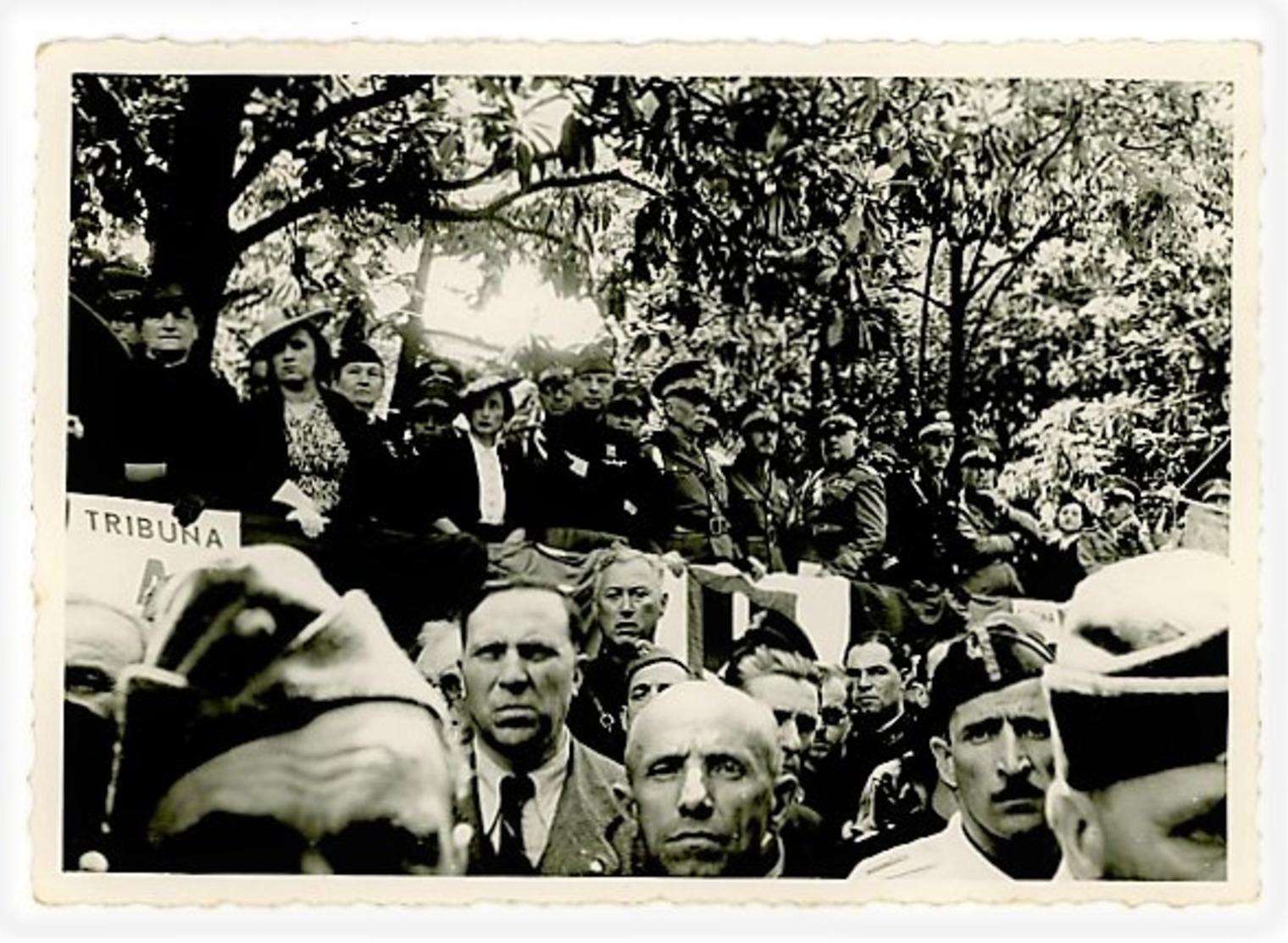 VENTENNIO - FOTO PALCO AUTORITA' 1939  – CHIAVARI FOTO MIGONE – (4/43) - Manifestations